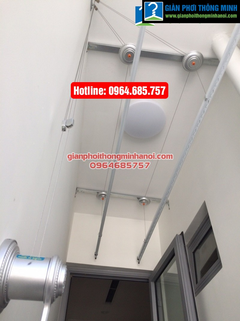 Lắp đặt hoàn thiện bộ giàn phơi nhập khẩu Thái Lan cho nhà chị Dung Park 2 Time City-07