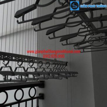 Nhà anh Hùng lắp giàn phơi thông minh Hàn Quốc phòng 812 tòa T3 Times City
