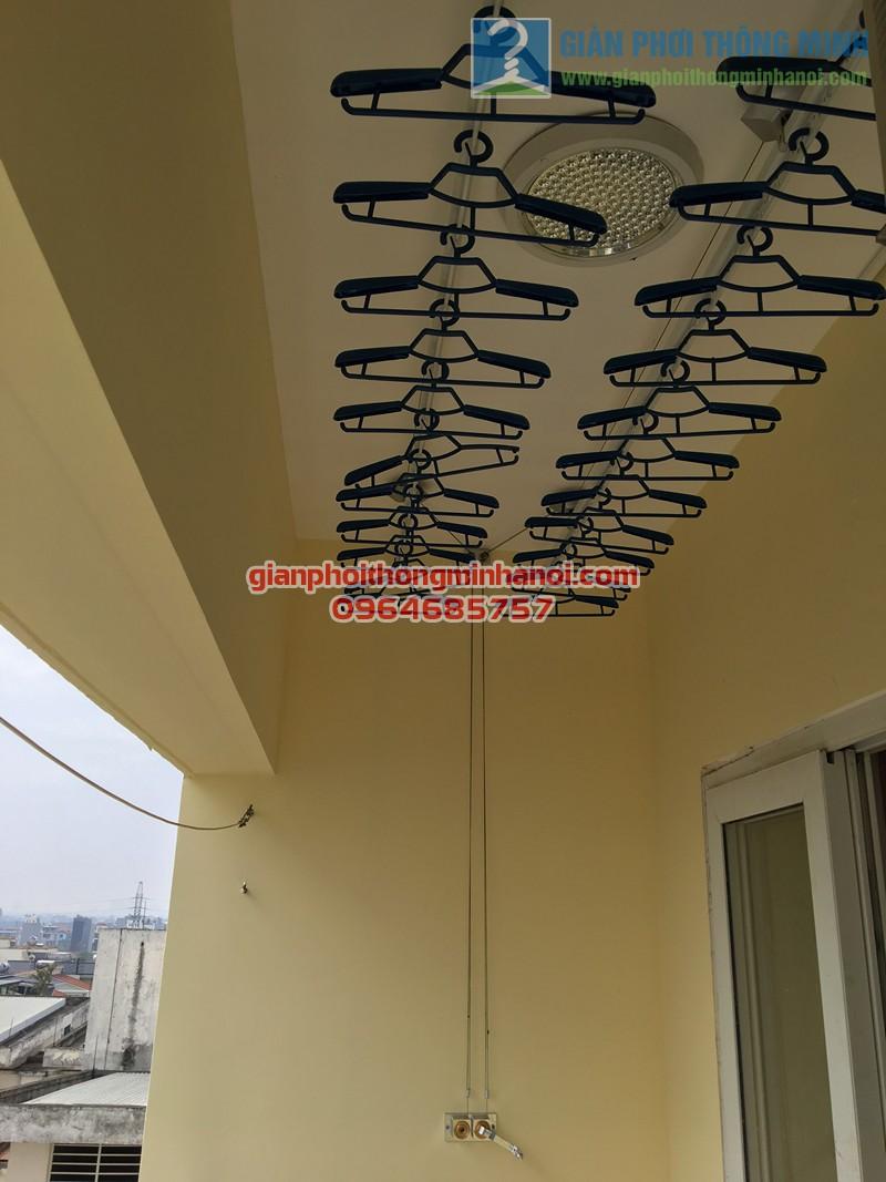 """Ban công """"lột xác"""" nhờ lắp đặt giàn phơi thông minh Duy Lợi nhà chị Hoàn, CT18 KĐT Việt Hưng - 06"""