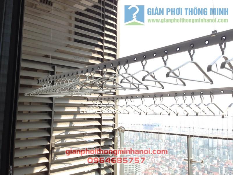 Giàn phơi thông minh nhập khẩu Singapore nhà anh Hậu tháp IPH Xuân Thủy, Cầu Giấy 03