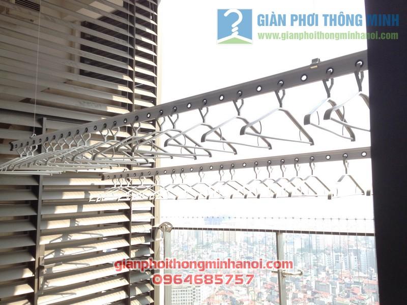Giàn phơi nhập khẩu Singapore nhà anh Hậu tháp IPH Xuân Thủy, Cầu Giấy 06