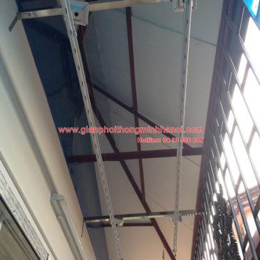 Lắp đặt giàn phơi thông minh cho trần nhà mái tôn