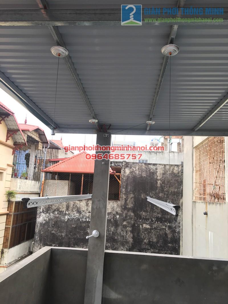 Hoàn thiện lắp đặt giàn phơi nhập khẩu nhà chị Hương số 1P, ngõ 7, Tô Hiệu - 01
