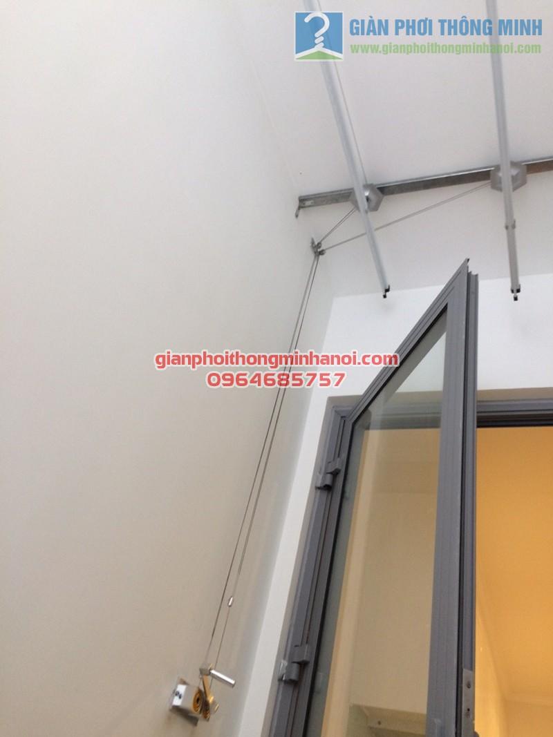 Hoàn thiện lắp đặt giàn phơi Hoà Phát AIR tại nhà cô Mười, tòa Park 3, Park Hill - 02