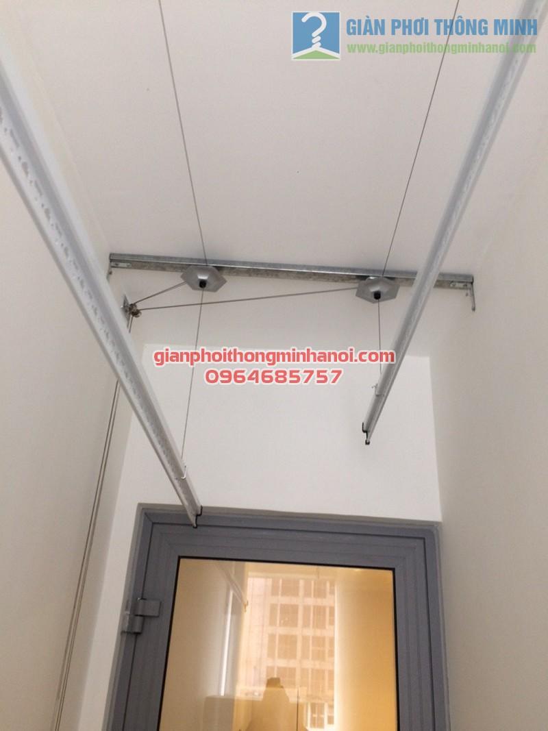 Hoàn thiện lắp đặt giàn phơi thông minh Hoà Phát AIR tại nhà cô Mười, tòa Park 3, Park Hill - 03