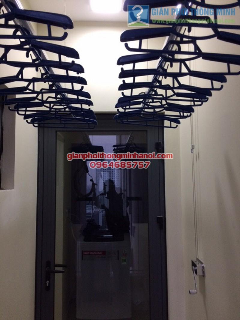 Lắp đặt giàn phơi nhập khẩu Thái Lan bền đẹp nhà chị Chanh, Helios Tower - 03