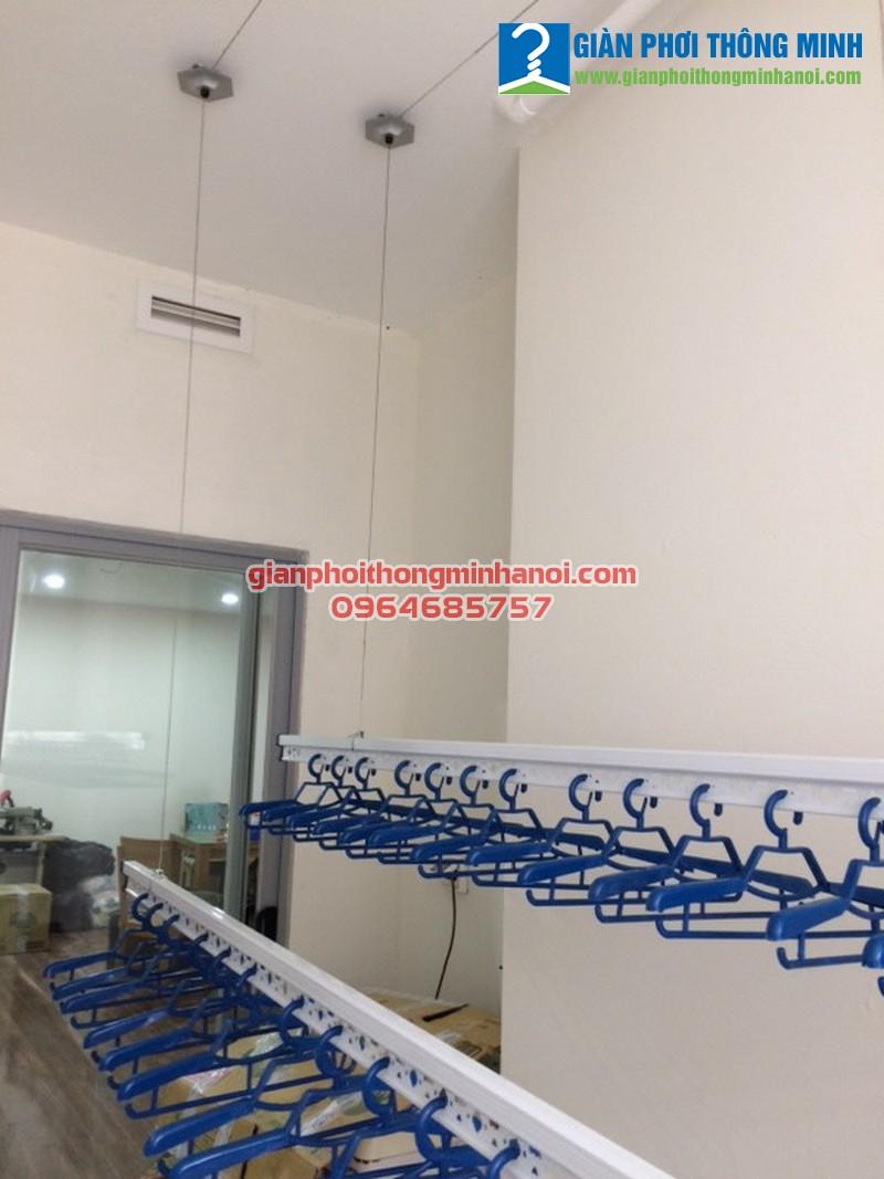 Lắp giàn phơi nhập khẩu Thái Lan cho nhà chị Quỳnh chung cư Complex 102 Trường Chinh