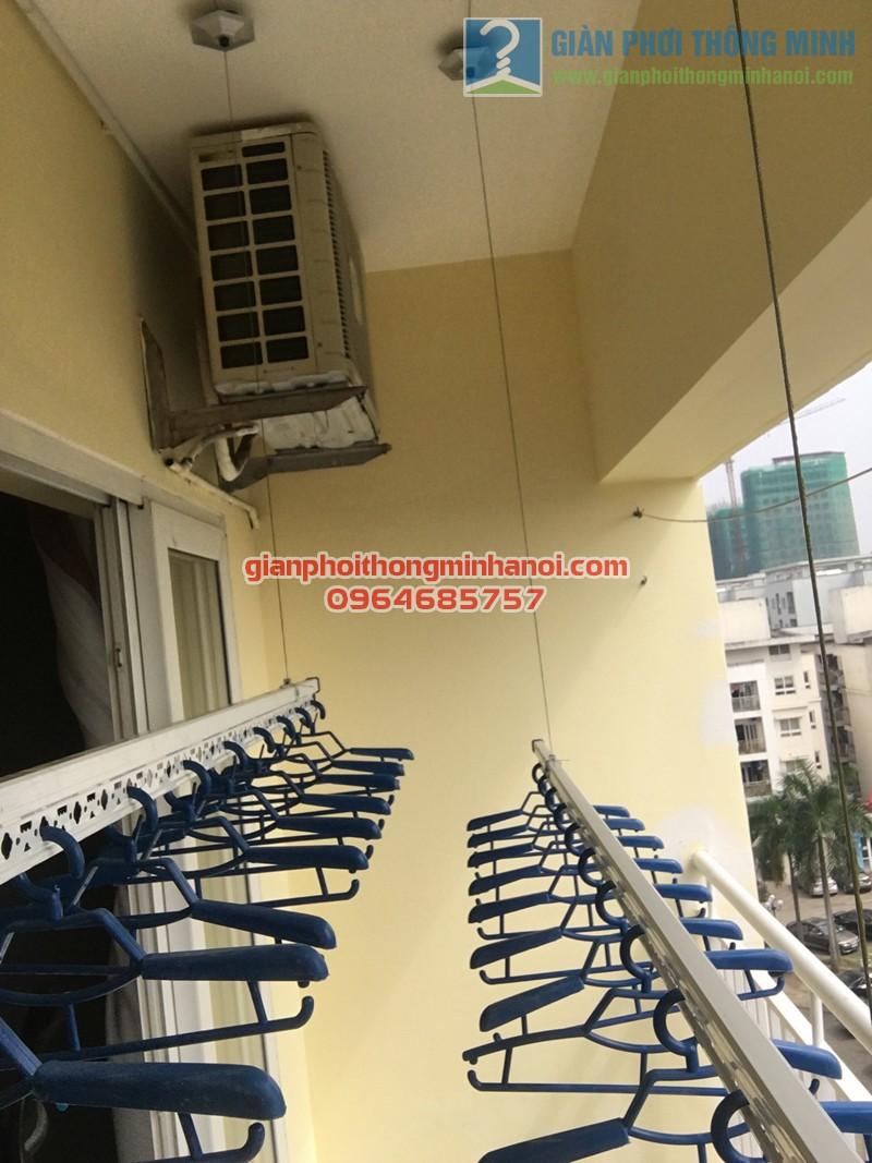 Dễ dàng lắp đặt giàn phơi thông minh cho ban công chung cư dài khoảng 1,8m - 01