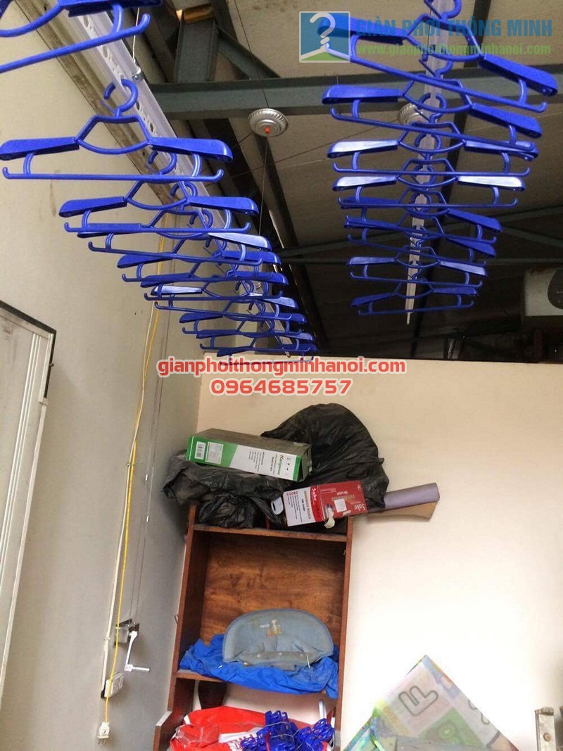 Hoàn thiện lắp đặt giàn phơi nhập khẩu Thái Lan nhà anh Trọng, số 15 Vạn Bảo - 06