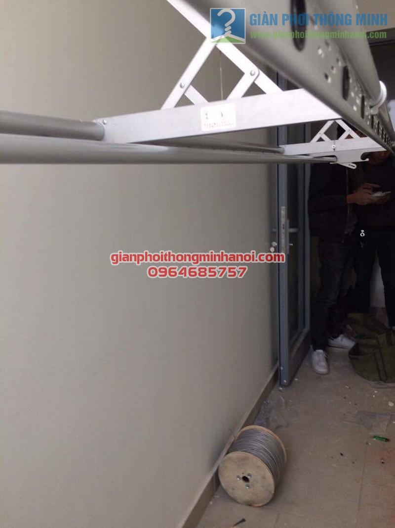 Lắp đặt giàn phơi nhập khẩu tự động điều khiển từ xa nhà chị Mai, tòa Park 2, Park Hill - 03