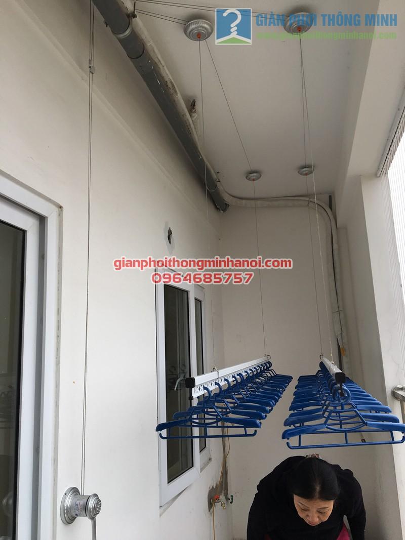 Lắp đặt giàn phơi Hàn Quốc tại ban công nhà cô Tâm, chung cư Đông Đô - 02