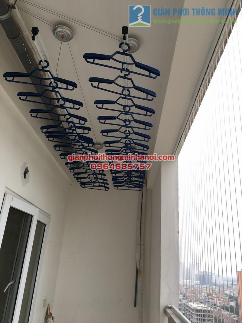 Lắp đặt giàn phơi Hàn Quốc tại ban công nhà cô Tâm, chung cư Đông Đô - 05
