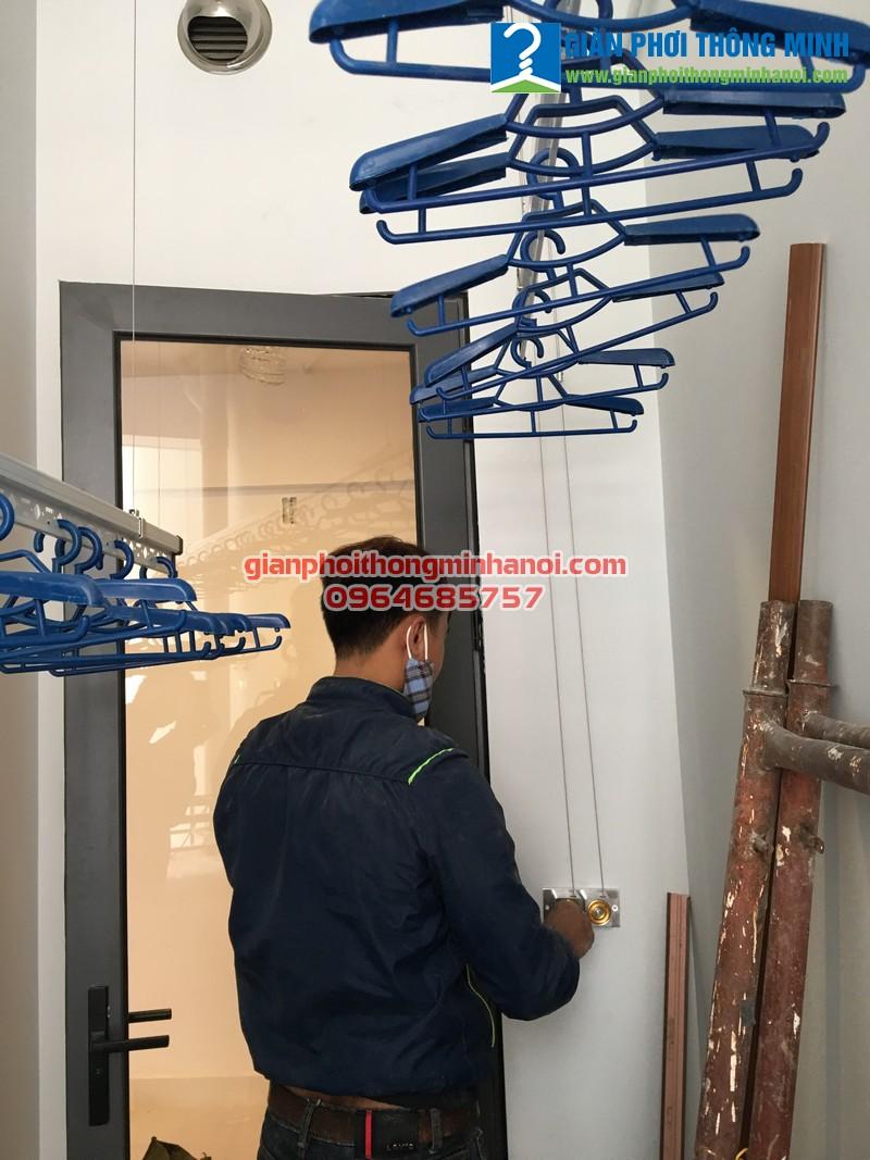 Lắp giàn phơi nhập khẩu Singapore cho nhà chị Hằng, N907, tầng 7, chung cư CT3 Gamuda
