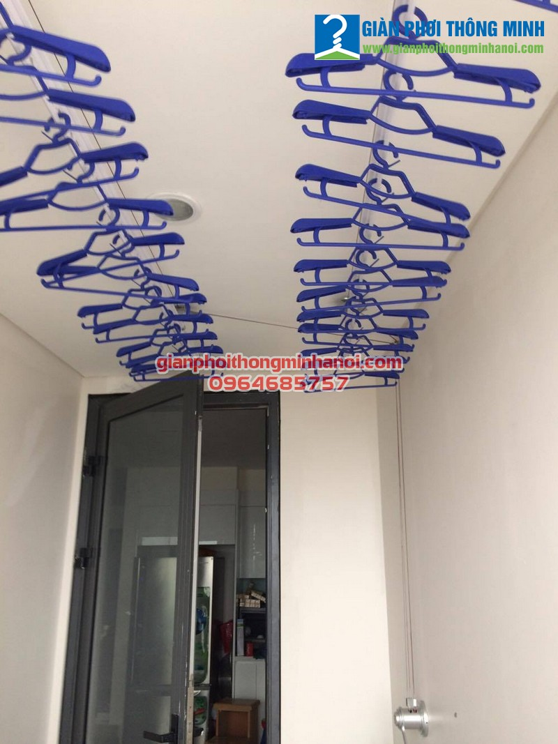 Lắp giàn phơi thông minh nhập khẩu chất lượng cao cho nhà chị Thu tòa Mipec Long Biên