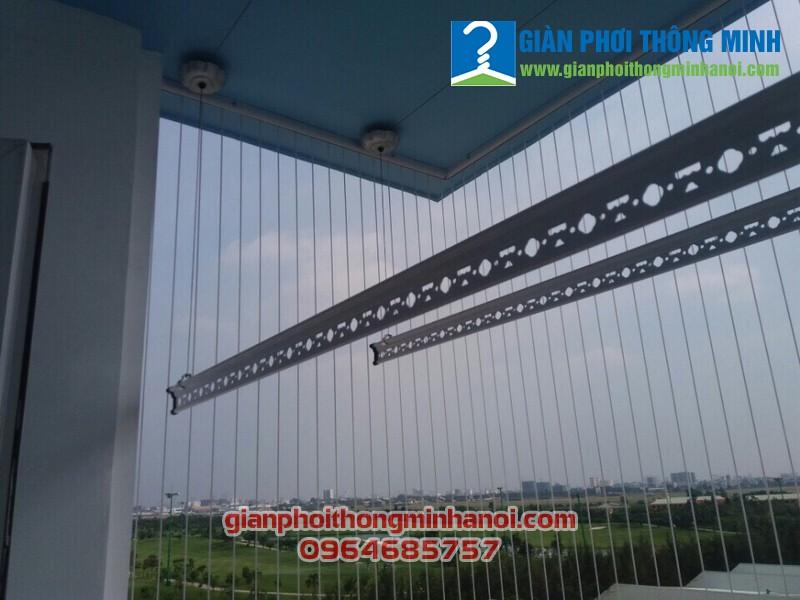 Lắp giàn phơi thông minh kết hợp lưới an toàn ban công cho nhà chị Lan, Gò Vấp, TP.Hồ Chí Minh
