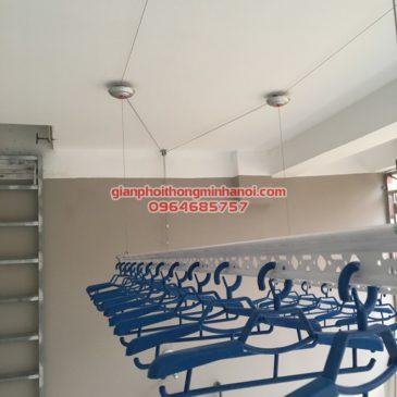 Sân phơi rộng thoáng với giàn phơi Ba Sao nhà anh Hải, ngõ 207/167/7 Xuân Đỉnh