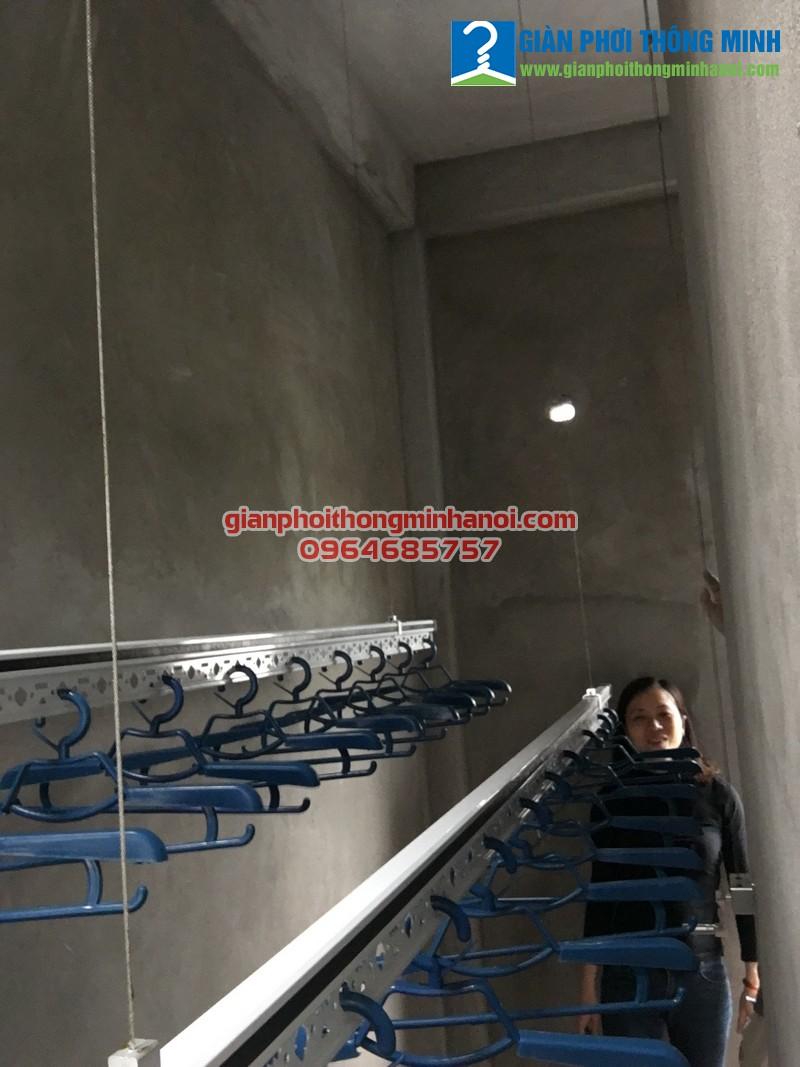 Lắp đặt giàn phơi nhập khẩu Thái Lan giá rẻ cho nhà chị Nga số 30, ngõ 8, Ngọc Hồi