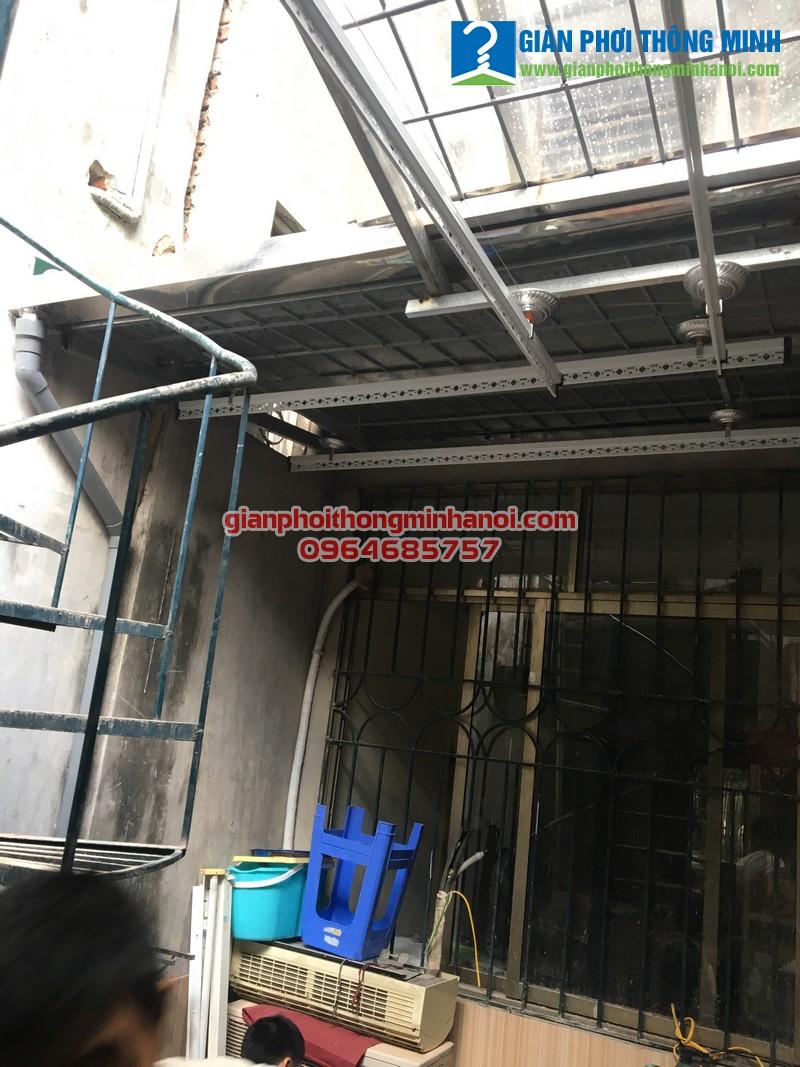 Lắp giàn phơi nhập khẩu chất lượng cao cho nhà anh Thắng khu tập thể 213 Xã Đàn