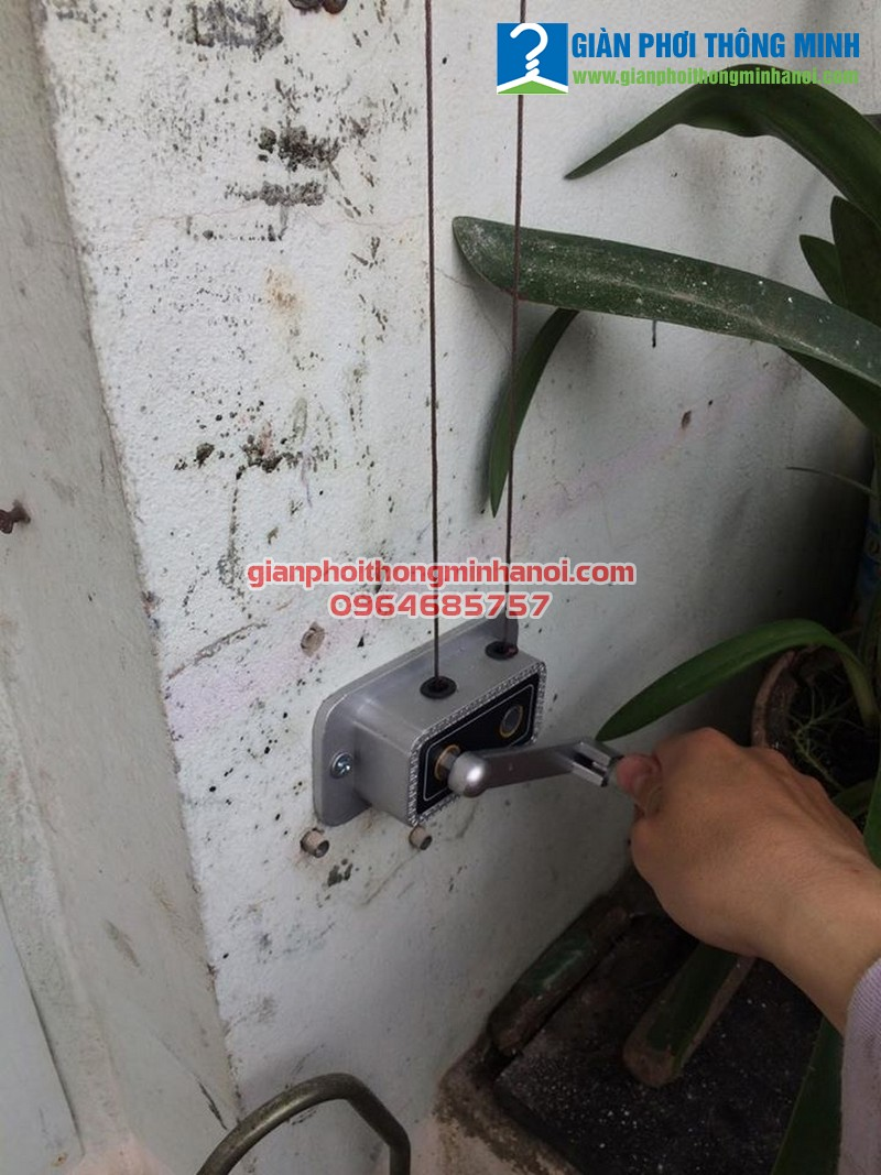 Lắp giàn phơi Hoà Phát Star giá rẻ cho nhà chị Ngọc tại Linh Đàm, Hà Nội