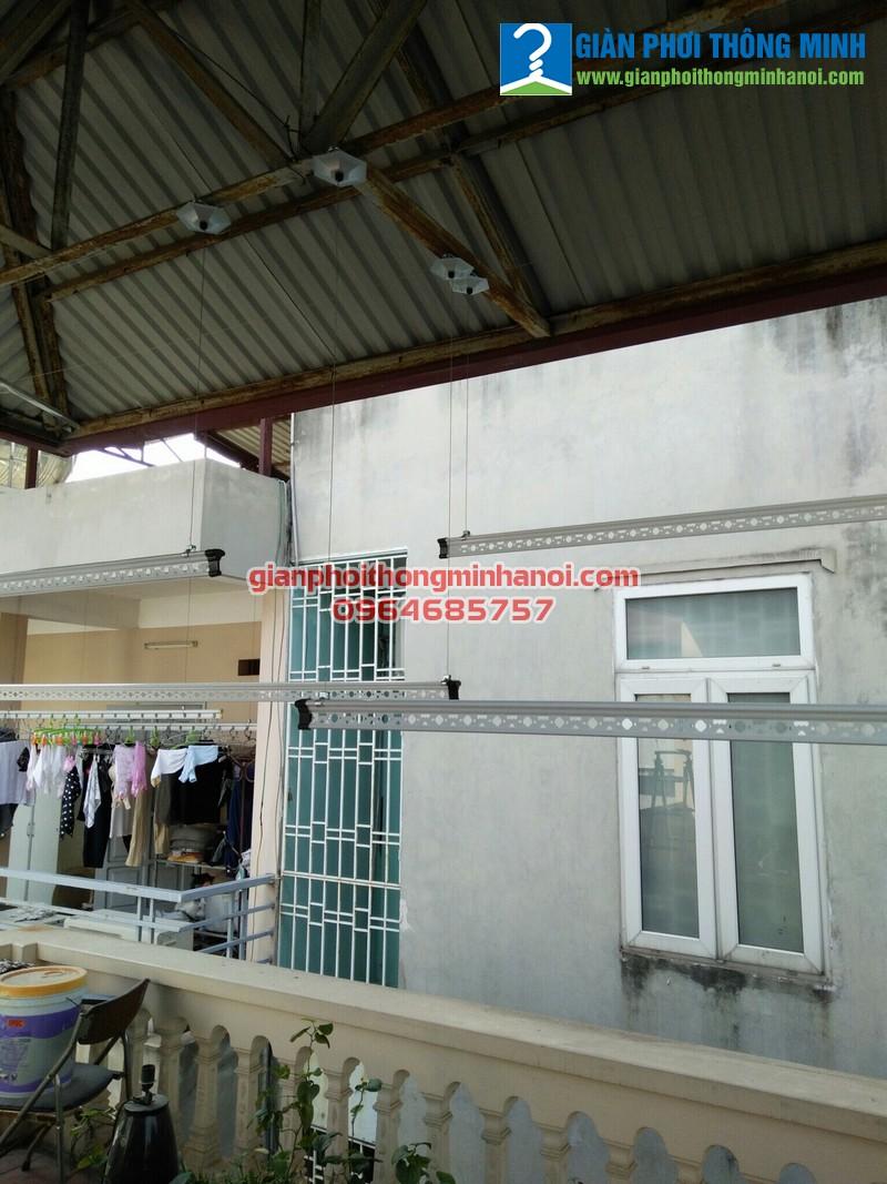 Lắp giàn phơi thông minh khu vực mái tôn cho nhà chị Thu Cầu Giấy Hà Nội