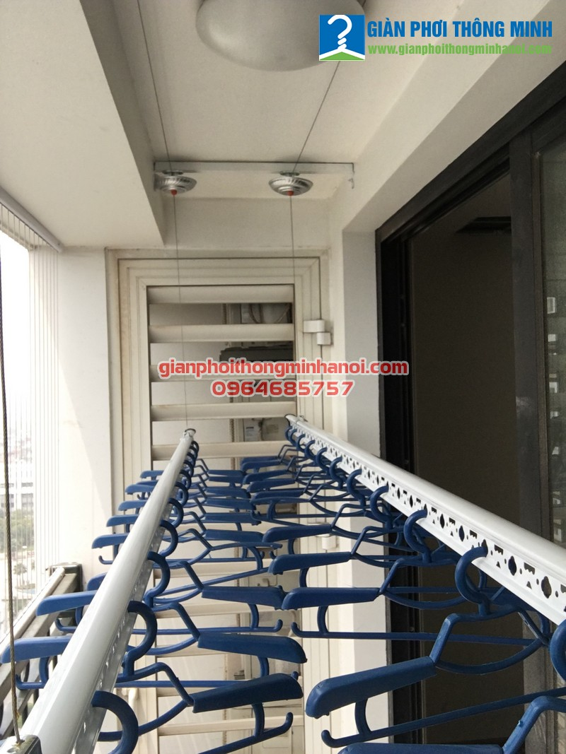 Quy trình lắp giàn phơi nhập khẩu tự động cho nhà a Hiếu T18.P17.Tòa 04 Time City