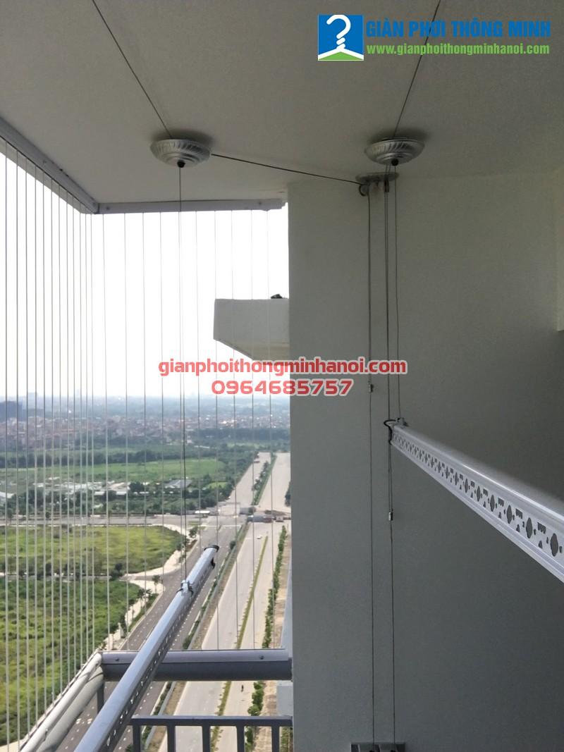 Lắp giànGiàn phơi thông minh Hàn Quốc nhà chị Bình, P2201, N01-T2, chung cư Ngoại Giao Đoàn