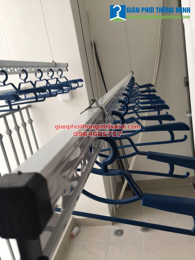 Lắp giàn phơi thông minh cho nhà chị Ngọc, P2418, Park 8, Park Hill, Time City