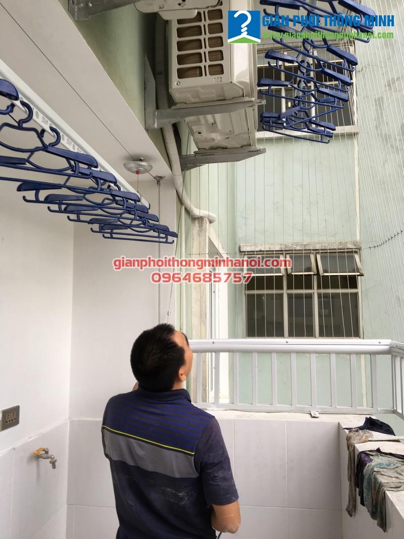 Lắp giàn phơi thông minh Hoà Phát AIR mới nhất 2017 cho nhà anh Đạt, P1006, N4A, Trung Hòa Nhân Chính