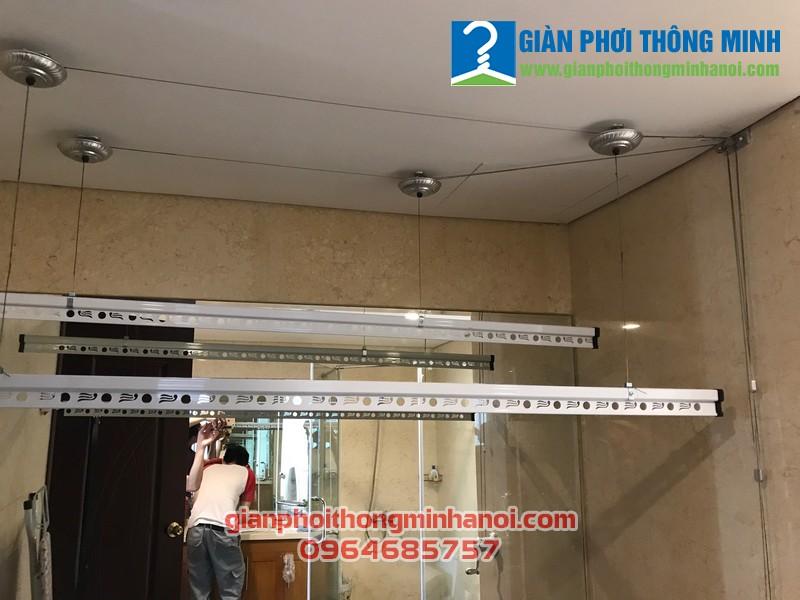 Lắp giàn phơi Hòa Phát Star cho nhà chị Linh, P2122 Toà R4, Sảnh B, Royal City