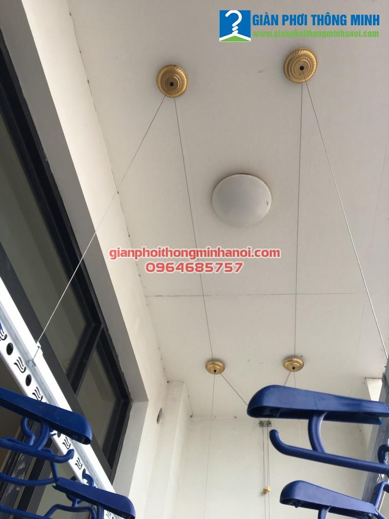 Lắp giàn phơi và lưới an toàn cho nhà anh Phong, P15, T19, R4A Royal City 03