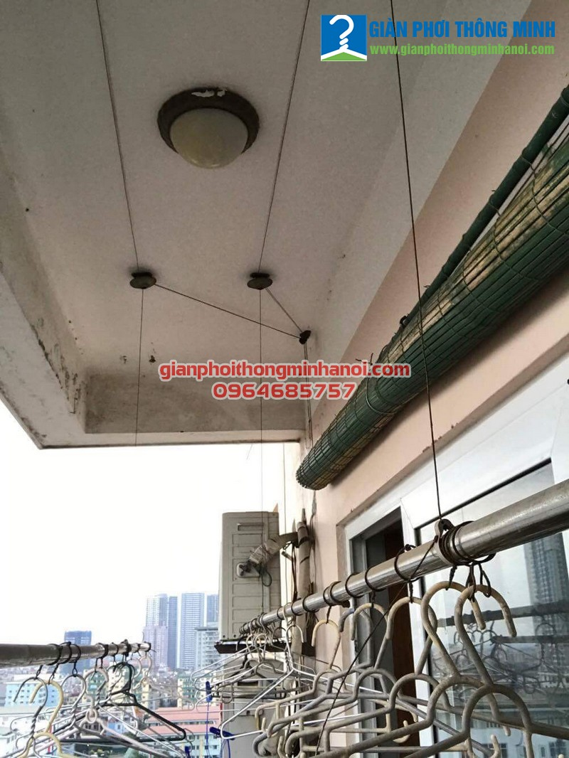 Sửa giàn phơi bị hỏng củ quay cho nhà chị Hương tại Mỹ Đình