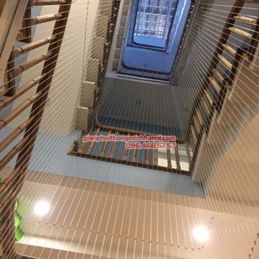 Lắp lưới an toàn cầu thang tại nhà anh Vinh, Hàng Da, Hoàn Kiếm, Hà Nội