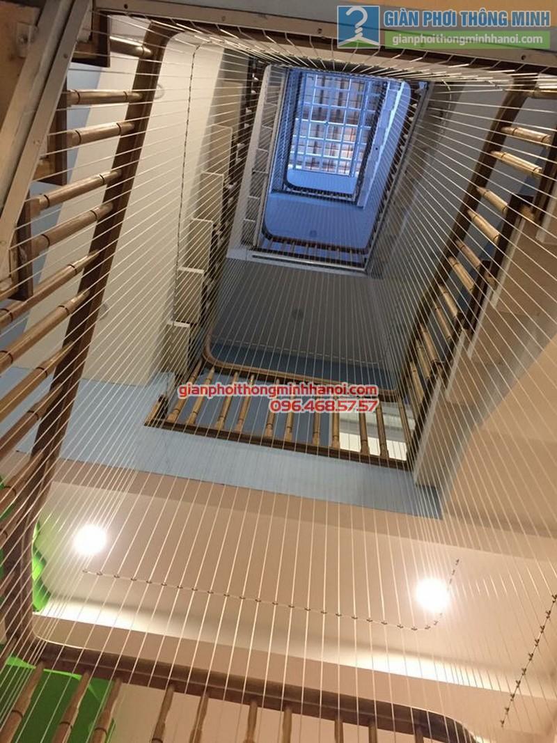 Lắp lưới an toàn cầu thang cho nhà anh Vinh - 05