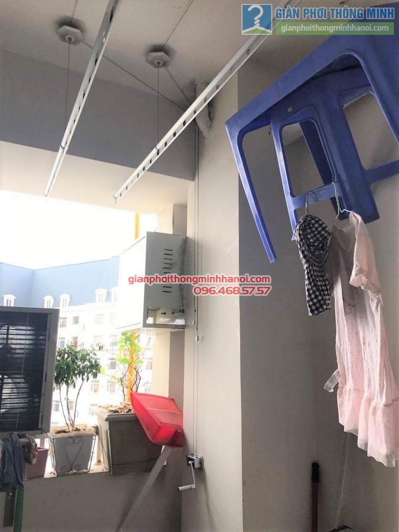 Thay dây cáp giàn phơi quần áo nhà cô Huệ - 01
