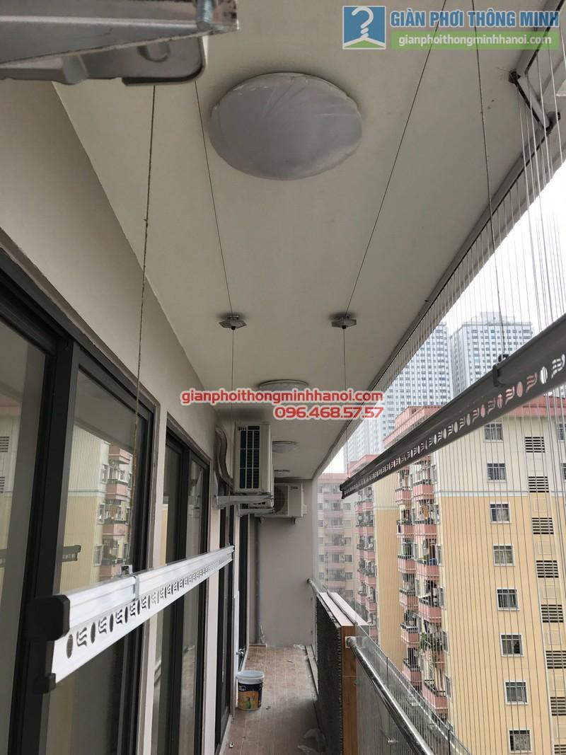 Giàn phơi Hòa Phát Air Gp990 được lắp cho nhà chị Phương, chung cư VP4 Linh Đàm, Hoàng Mai, Hà Nội - 04