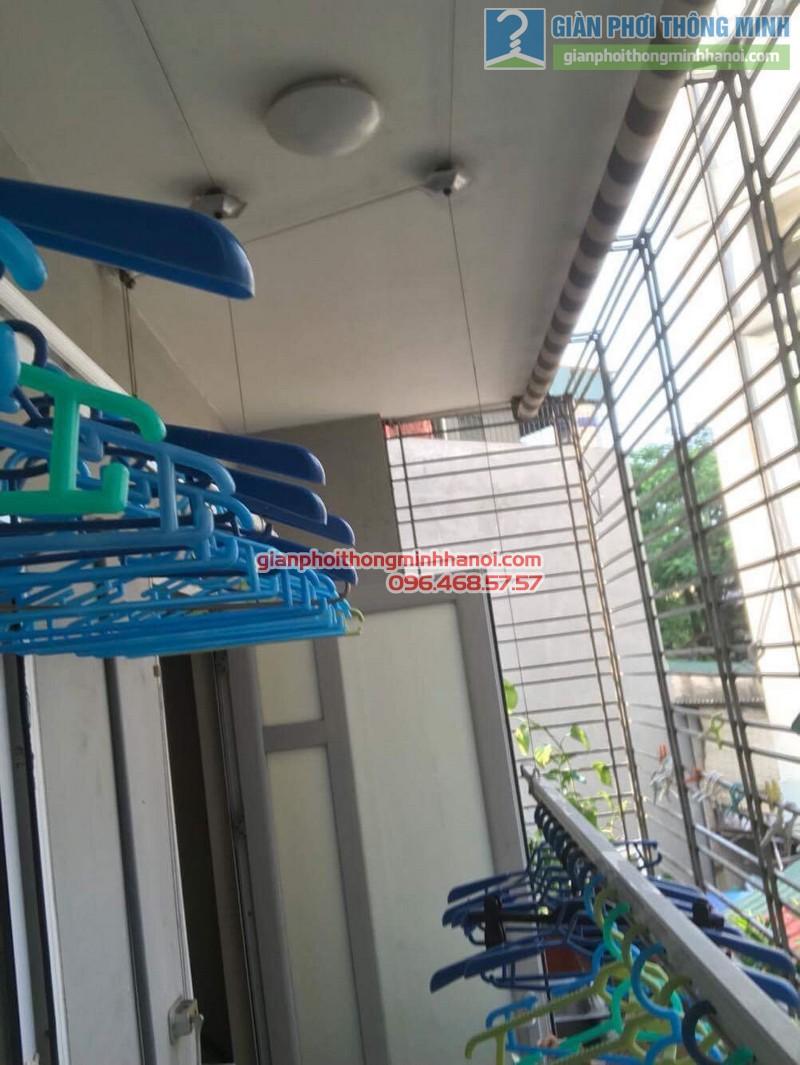 Sửa giàn phơi thông minh nhà chị Liễu, ngõ 135 Đức Giang, Long Biên, Hà Nội - 01