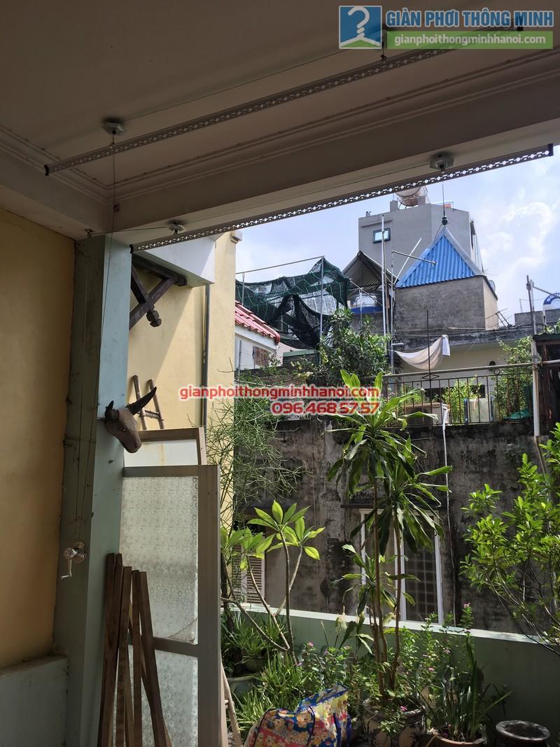 Lắp giàn phơi tại Ba Đình nhà chị Minh, ngõ 179 Đội Cấn-02