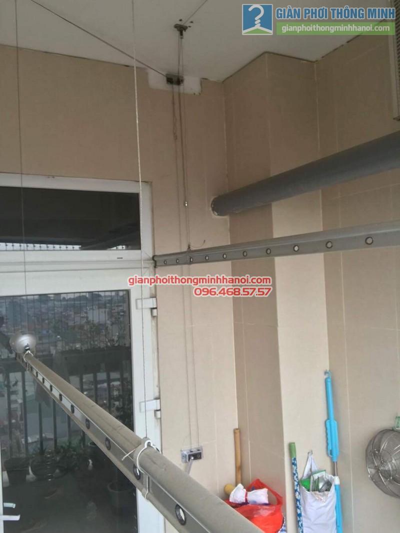 Sửa giàn phơi nhà chị Hồng, chung cư 25 Lạc Trung, Hai Bà Trưng, Hà Nội - 06