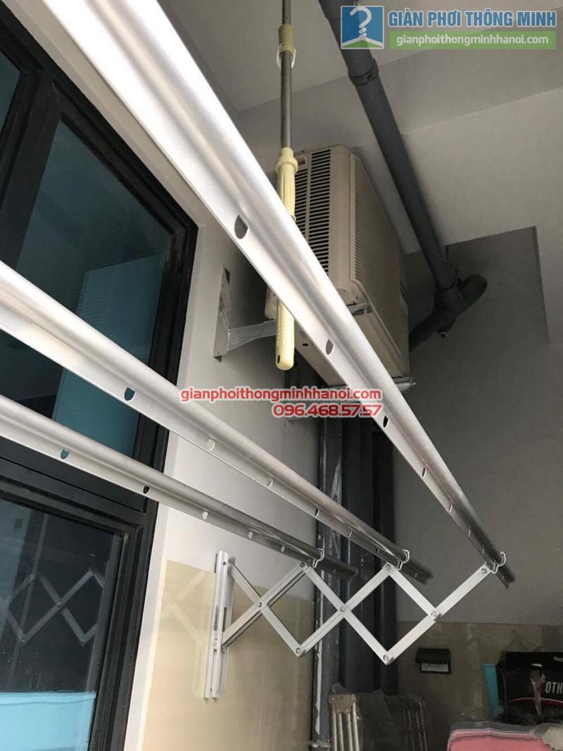 Lắp giàn phơi gắn tường nhà chị Thùy, 266 Hồ Tùng Mậu, Nam Từ Liêm, Hà Nội - 01
