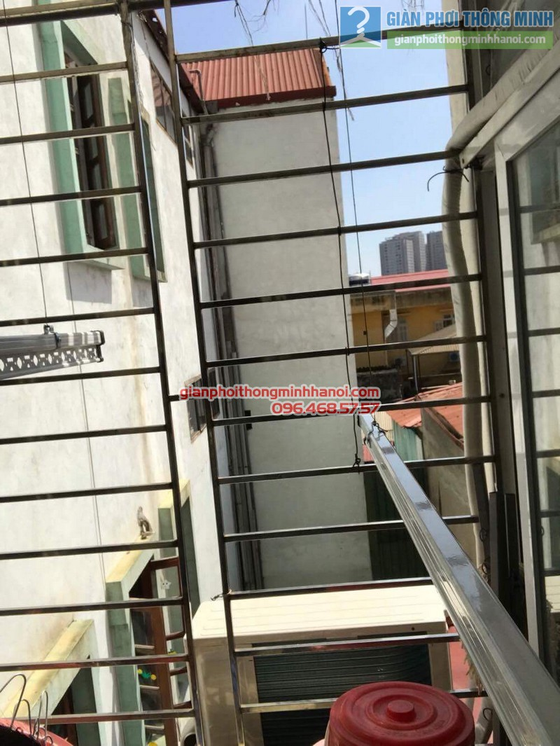 Lắp giàn phơi tại Hoàng Mai, nhà chị Lương, số 26, ngõ 733 Giải Phóng - 01