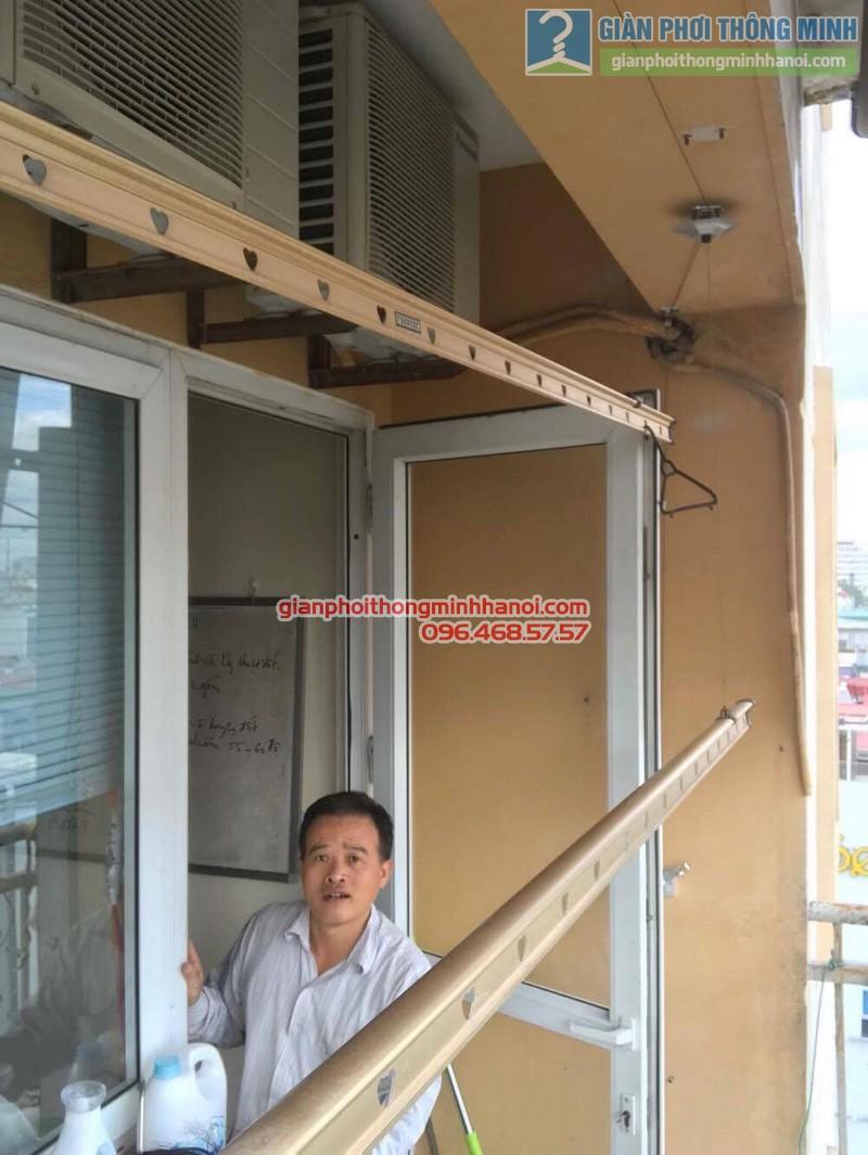 Thay củ quay giàn phơi thông minh nhà anh Trung, 120 Trung Kính, Cầu giấy Hà Nội - 02