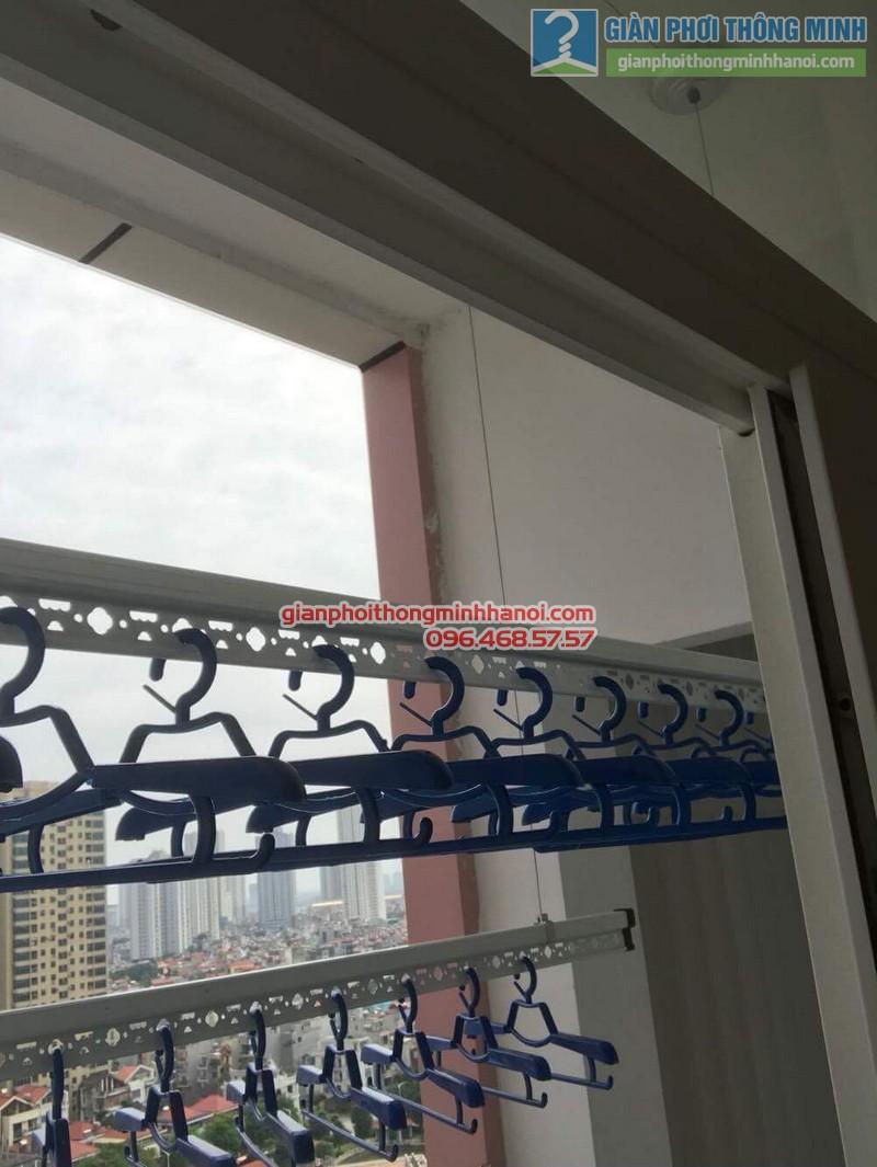 Lắp giàn phơi Hà Đông nhà chị Mỹ, P1505 Tòa 101 chung cư Usilk City - 11
