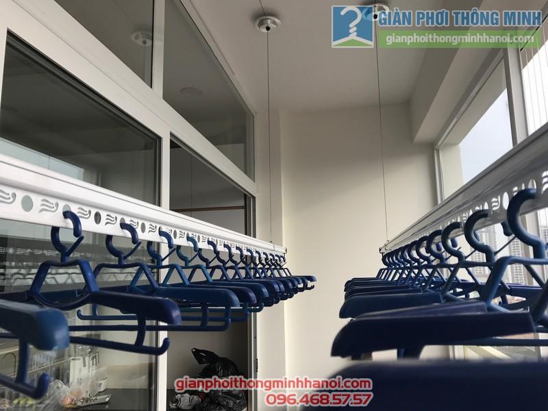 Lắp giàn phơi Thanh Xuân và lưới an toàn ban công cho nhà chị Yến, chung cư 54 Hạ Đình - 05