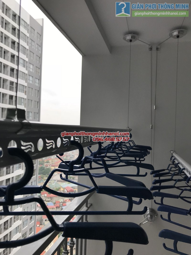 Lắp giàn phơi thông minh tại Park Hill Times City nhà chị Lan - 03