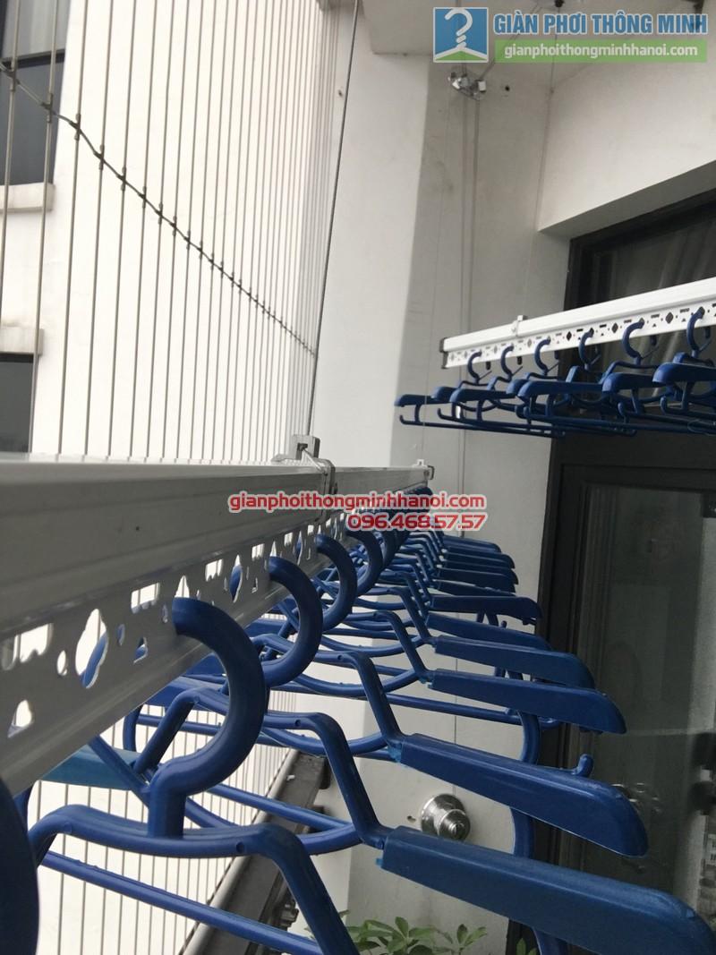 Lắp giàn phơi thông minh nhà chị Liên, P2511, Tòa R4, Royal City - 08