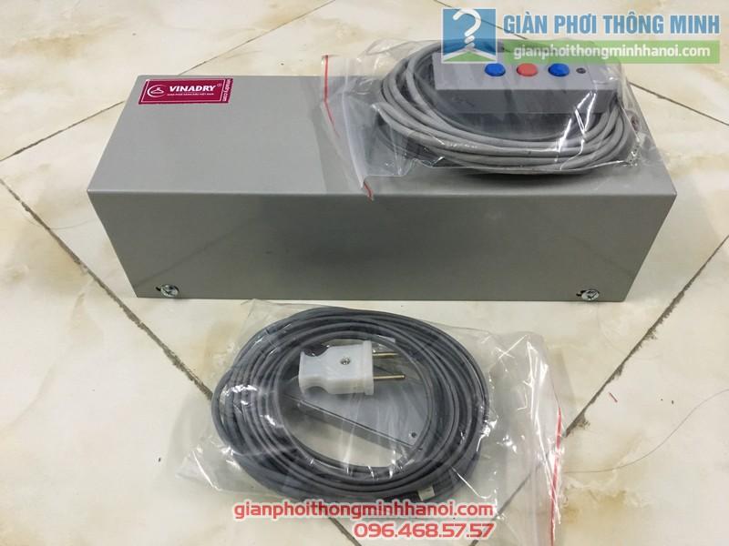 Bộ điều khiển của giàn phơi bấm điện tự động Vinadry AE711