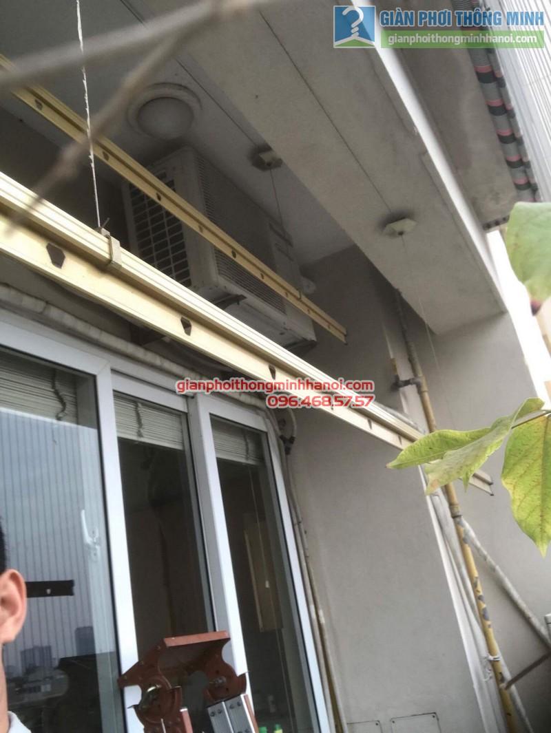 Sửa giàn phơi nhà chị Thanh, chung cư N07 Dịch Vọng, Cầu giấy - 02