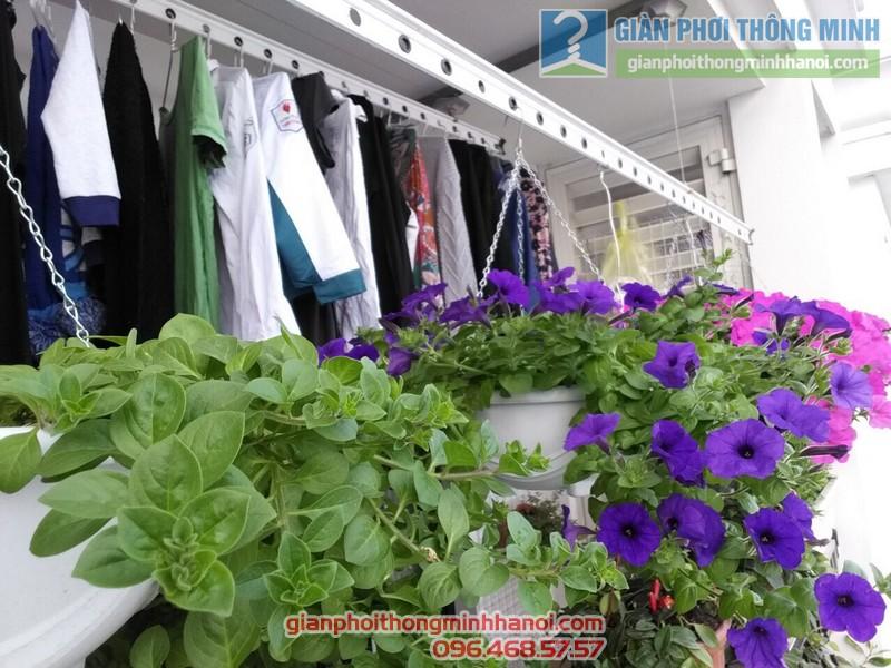 Lắp giàn phơi treo hoa tại Royal City nhà chị Khanh  - 02
