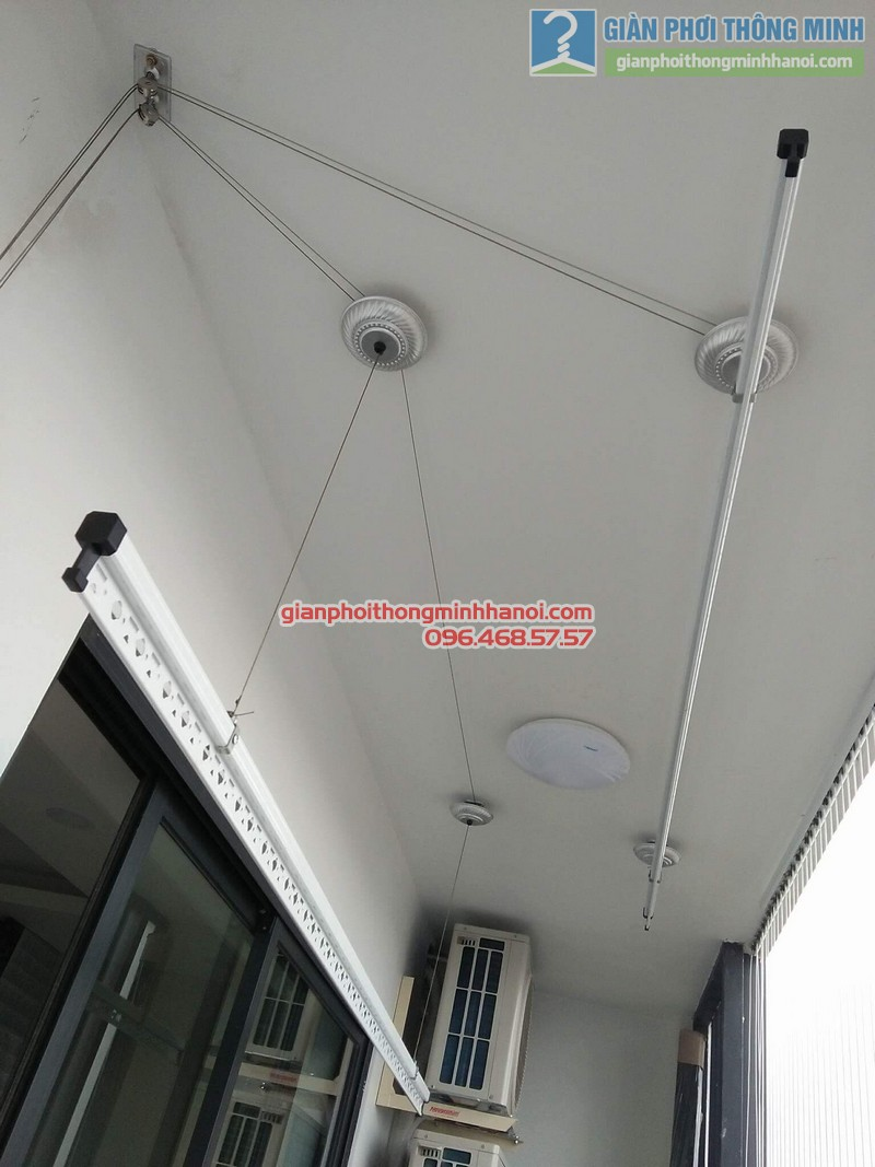 Lắp giàn phơi và lưới an toàn ban công nhà chị Phương, chung cư Five Star số 2 Kim Giang - 01