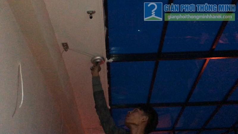 Lắp giàn phơi Long Biên nhà anh Hiếu, ngõ 202 Cổ Linh, Thạch Bàn - 05